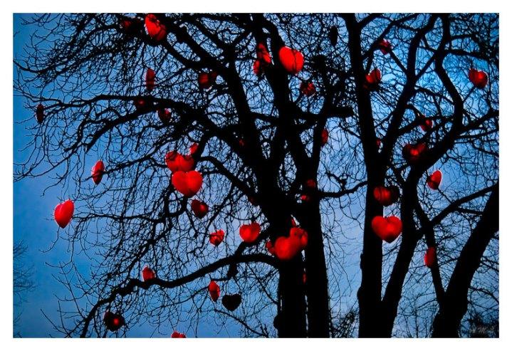 Tusen hjerter paa et tre